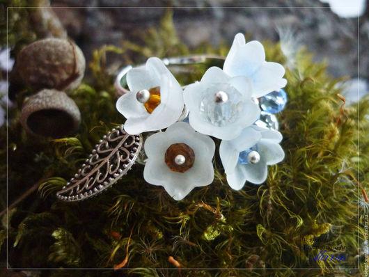 """Ролевые игры ручной работы. Ярмарка Мастеров - ручная работа. Купить кольцо с цветами.Кольцо с подвесками. Кольцо крупное """"Белый сад"""". Handmade."""