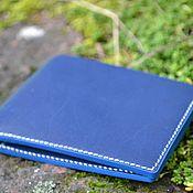 Кошельки ручной работы. Ярмарка Мастеров - ручная работа Мужской кошелёк bi-fold синий. Handmade.