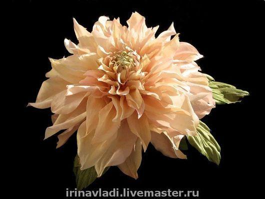 цветы из шелка, шелковый цветок брошь, брошь из шелка георгин,заколка из шелка георгин,ободок для волос с цветком, обруч для волос с цветком, желтый георгин брошь, изделия из шелка брошь, заколка   ав