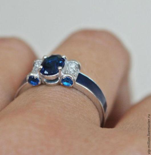 Кольца ручной работы. Ярмарка Мастеров - ручная работа. Купить Серебряное кольцо с сапфирами и эмалью. Handmade. Синий, серебряные украшения