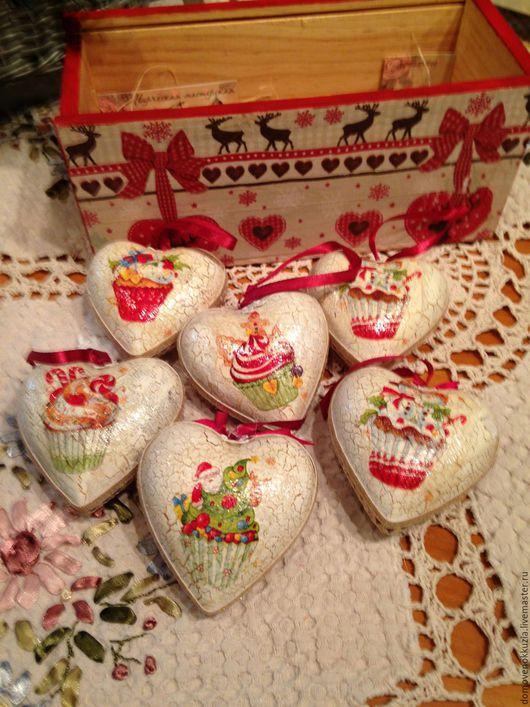 Новый год 2017 ручной работы. Ярмарка Мастеров - ручная работа. Купить Сердечки на елку в коробе. Handmade. Елочные игрушки