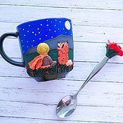 Кружки ручной работы. Ярмарка Мастеров - ручная работа Кружка и ложка с декором Мальчик и лисенок. Handmade.