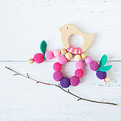 Одежда handmade. Livemaster - original item Teether with berry bird - teething toy - First toy. Handmade.
