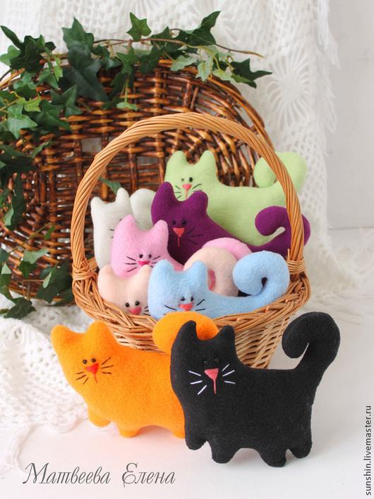 """Игрушки животные, ручной работы. Ярмарка Мастеров - ручная работа. Купить Текстильные коты """"Кошкино лукошко"""". Handmade. Разноцветный, котэ"""