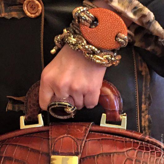 Браслеты ручной работы. Ярмарка Мастеров - ручная работа. Купить Стильный браслет из итальянской кожи и декоративной кожи ската. Handmade.