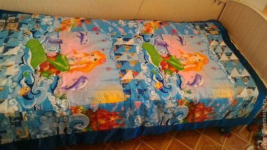 """Пледы и одеяла ручной работы. Ярмарка Мастеров - ручная работа. Купить Лоскутное одеяло """"Русалочка"""". Handmade. Синий, одеяло, хлопок"""