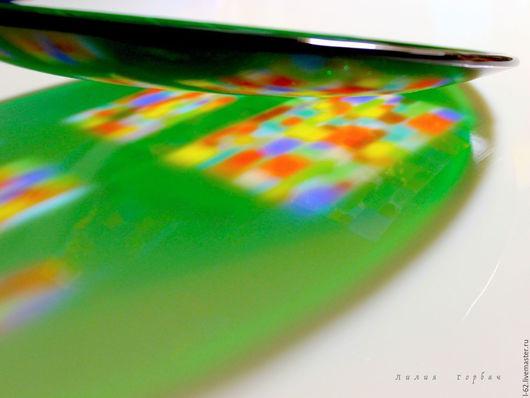 Тарелки ручной работы. Ярмарка Мастеров - ручная работа. Купить блюдо из стекла, фьюзинг  Цветные окна. Handmade. Тёмно-зелёный