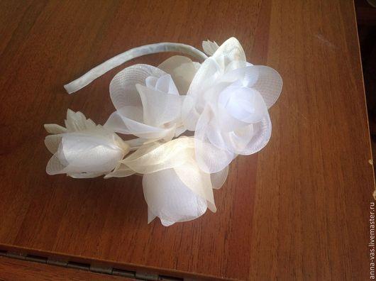 Свадебные украшения ручной работы. Ярмарка Мастеров - ручная работа. Купить Ободок с розами из органзы. Handmade. Белый, свадебное украшение
