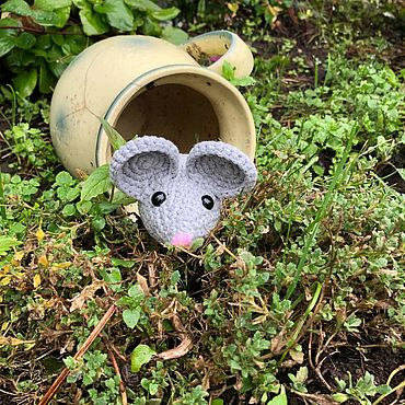 Куклы и игрушки ручной работы. Ярмарка Мастеров - ручная работа Вязаная мышка Муси. Handmade.