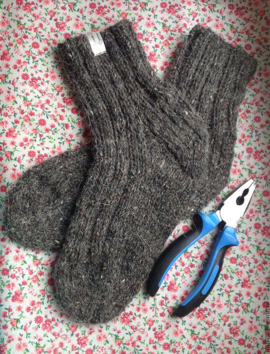 Носки, Чулки ручной работы. Ярмарка Мастеров - ручная работа. Купить Вязаные шерстяные мужские носки. Handmade. Однотонный