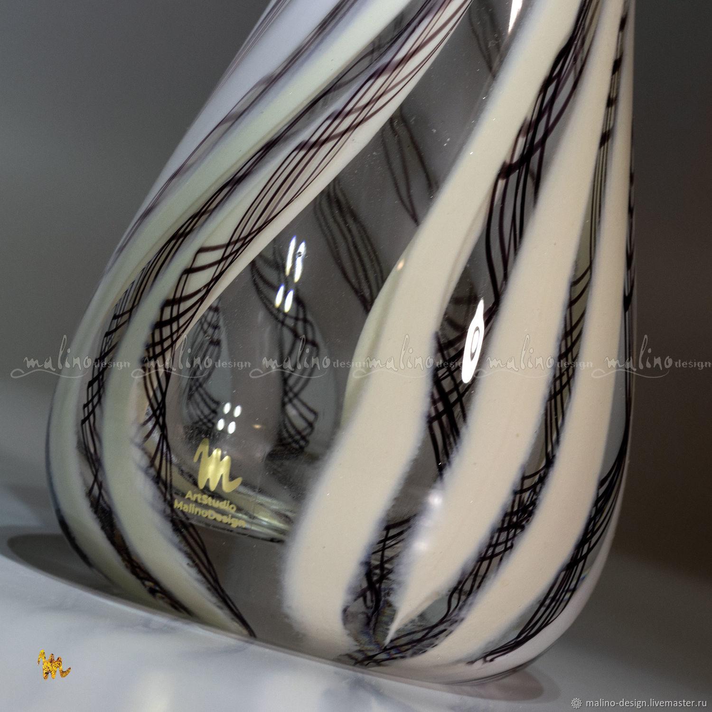 Стеклодувная ваза БЕЛЫЕ ЛЕНТЫ MD-VS-ut-WHITE-RIBBON