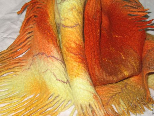"""Шарфы и шарфики ручной работы. Ярмарка Мастеров - ручная работа. Купить Шарф - бактус  """"Листопад"""". Handmade. Валяный шарф, бордовый"""