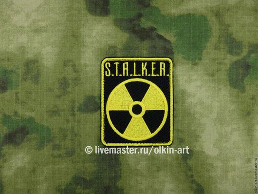 Нашивка сталкер - Нашивка `Нейтральные сталкеры` (прямоугольник STALKER) Машинная вышивка. Белорецкие нашивки. Нашивка. Шеврон. Патч. Вышивка. Шевроны.  Патчи. Нашивки. Купить нашивку.