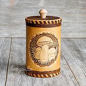 """Для дома и интерьера handmade. Livemaster - original item Берестяной туесок """"Грибочки"""". Банка для сыпучих, подарок из дерева. Handmade."""