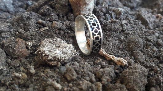 Кольца ручной работы. Ярмарка Мастеров - ручная работа. Купить Серебряное мужское кольцо с эмалью. Handmade. Серебряный, мужское украшение