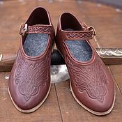 Субкультуры ручной работы. Ярмарка Мастеров - ручная работа Тисненые женские туфли с кожаным ремешком. Handmade.