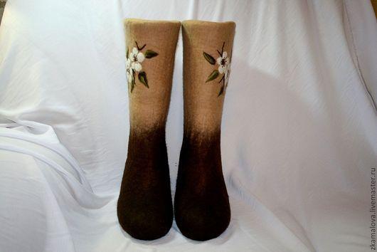 Обувь ручной работы. Ярмарка Мастеров - ручная работа. Купить Цветение черешни. Handmade. Коричневый, зимняя обувь, валенки для улицы