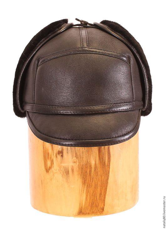 Шапки ручной работы. Ярмарка Мастеров - ручная работа. Купить Мужская кепка из дубленочной овчины. Handmade. Черный, меховая шапка