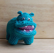 """Куклы и игрушки ручной работы. Ярмарка Мастеров - ручная работа Вязаная игрушка """"Голубой бегемот"""". Handmade."""
