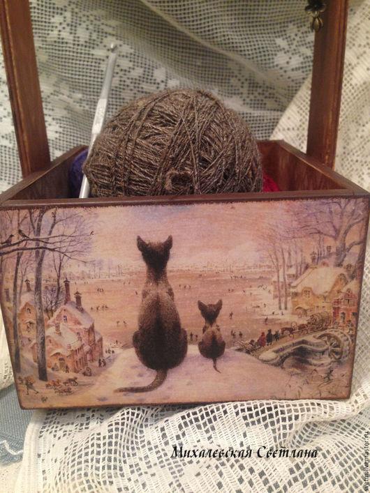 Корзины, коробы ручной работы. Ярмарка Мастеров - ручная работа. Купить деревянный ящик короб для рукоделия хранения Коты подарок декупаж. Handmade.