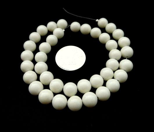 Для украшений ручной работы. Ярмарка Мастеров - ручная работа. Купить Коралл белый 40 штук набор бусины гладкий шарик 8 мм. Handmade.