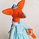 Лиса Тильда в шляпке и платье