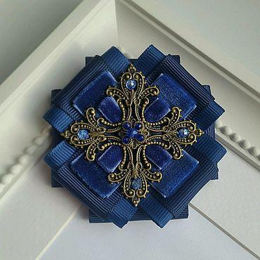 Украшения ручной работы. Ярмарка Мастеров - ручная работа Брошь-орден синяя. Handmade.