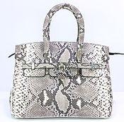 Классическая сумка ручной работы. Ярмарка Мастеров - ручная работа Мини-сумочка женская из кожи питона IMP0555Z1. Handmade.