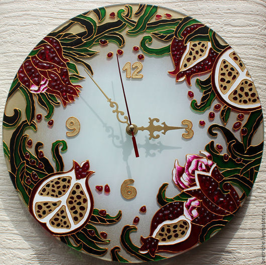 """Часы для дома ручной работы. Ярмарка Мастеров - ручная работа. Купить Часы """"Вкус граната"""". Handmade. Разноцветный, стекло"""
