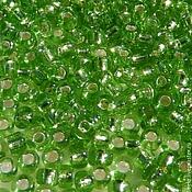 Материалы для творчества ручной работы. Ярмарка Мастеров - ручная работа №0008 Бисер Ярко-зеленый, прозрачный с серебристой сердцевиной. Handmade.