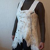 """Одежда ручной работы. Ярмарка Мастеров - ручная работа Жилет """"Лебединая верность"""". Handmade."""