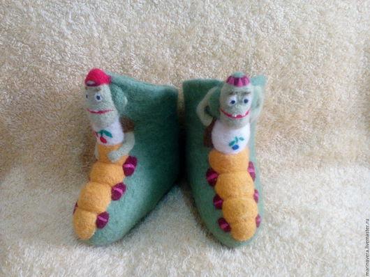 """Обувь ручной работы. Ярмарка Мастеров - ручная работа. Купить Детские валеночки """"Пупсиль и Вупсиль"""". Handmade. Зеленый, оригинальный рисунок"""
