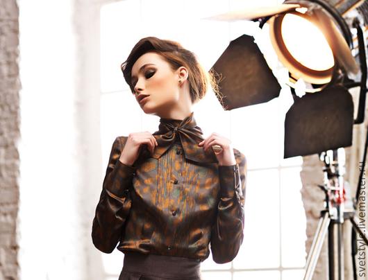 Присмотрите к этой блузке юбку из моей коллекции , также жакет из кашемира оттенков Кэмел , или пальто !