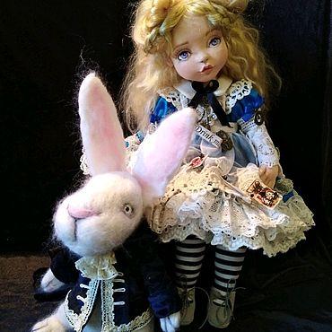 Куклы и игрушки ручной работы. Ярмарка Мастеров - ручная работа Кукла Алиса в стране чудес авторская текстильная. Handmade.