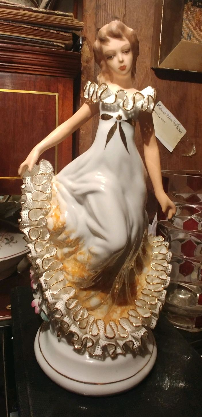 Девушка в ажурном платье, Статуэтки, Липецк, Фото №1