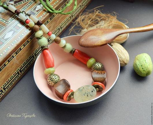 """Колье, бусы ручной работы. Ярмарка Мастеров - ручная работа. Купить Колье """"Киви"""". Handmade. Салатовый, зеленое колье"""