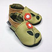 Одежда детская handmade. Livemaster - original item Olive Baby Shoes with Flower, Leather Baby Shoes,  Toddler Shoes. Handmade.