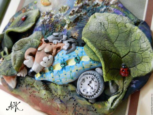 """Животные ручной работы. Ярмарка Мастеров - ручная работа. Купить """"Не проспать бы..."""", керамическое панно. Handmade. Тёмно-зелёный"""