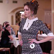 Одежда ручной работы. Ярмарка Мастеров - ручная работа Платье  в обтяжку с белым жабо и манжетами «Лондон 2». Handmade.
