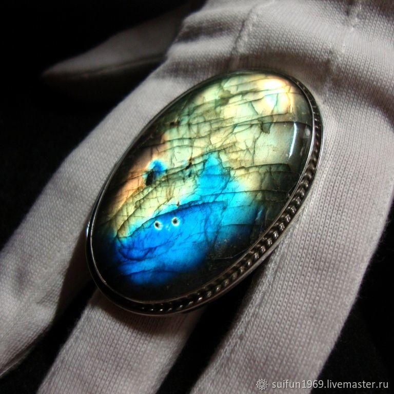 Кольца ручной работы. Ярмарка Мастеров - ручная работа. Купить Серебряное кольцо с лабрадоритом 10. Handmade. Подарок, самоцветы