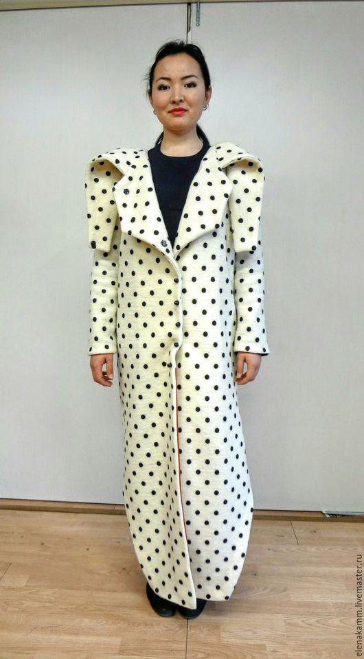 Верхняя одежда ручной работы. Ярмарка Мастеров - ручная работа. Купить Пальто в горох с воротником-трансформером. Handmade. В горошек