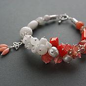 """Украшения ручной работы. Ярмарка Мастеров - ручная работа Браслет """"Фламинго"""" с персиковыми кораллами. Handmade."""