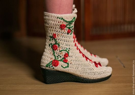 """Обувь ручной работы. Ярмарка Мастеров - ручная работа. Купить сапожки """"плетистая роза"""". Handmade. Обувь ручной работы, микропайетки"""