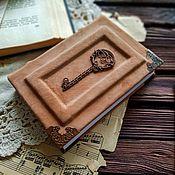 """Блокноты ручной работы. Ярмарка Мастеров - ручная работа Кожаный блокнот """"Ключ от тайны"""".. Handmade."""