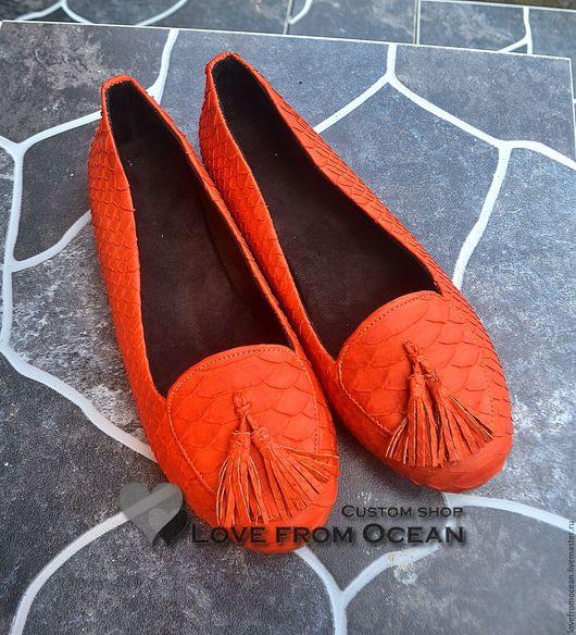 Обувь ручной работы. Ярмарка Мастеров - ручная работа. Купить Балетки (обувь) лоферы из натуральной кожи питона. Handmade. Рыжий