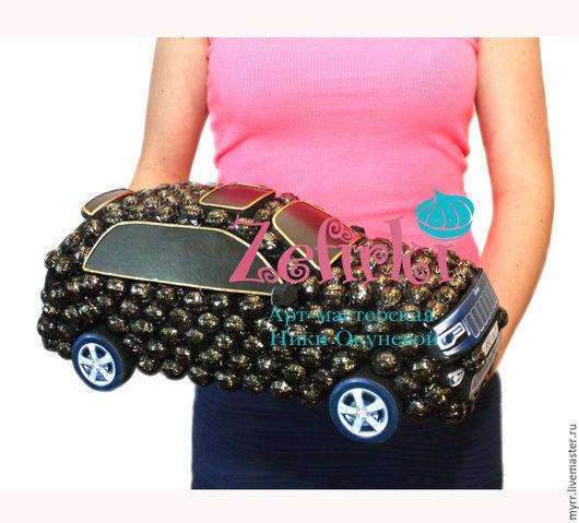Подарки для мужчин, ручной работы. Ярмарка Мастеров - ручная работа. Купить Машина из конфет Jeep Grand Cherokee машинка подарок мужчине водителю. Handmade.