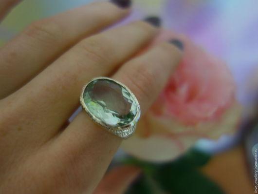 """Кольца ручной работы. Ярмарка Мастеров - ручная работа. Купить """"Стефан""""-серебряный женский перстень с зеленым аметистом. Handmade. Мятный"""