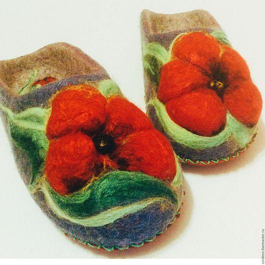 Домашние валяные тапочки. Тапочки валяные с цветами.Тапочки купить. Ручная работа. Женские тапочки. Подарок женщине .Handmade. Хэндмэйд.Cordero