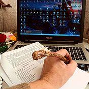 """Карандаши ручной работы. Ярмарка Мастеров - ручная работа Авторучка рунная """"дракон Скайрима Футарк"""" орех в коре. Handmade."""