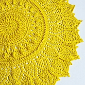 Салфетка крючком желтая
